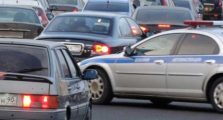 Проедут не все: на российско-белорусской границе образовались огромные пробки