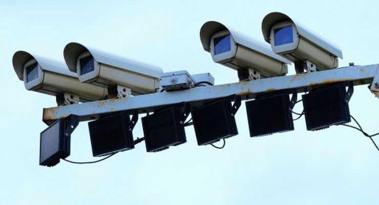 Достали: в Подмосковье водители объявили войну камерам фиксации нарушений
