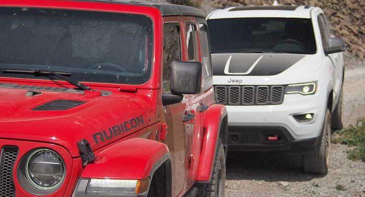 Jeep Wrangler vs Jeep Grand Cherokee: выжить любой ценой