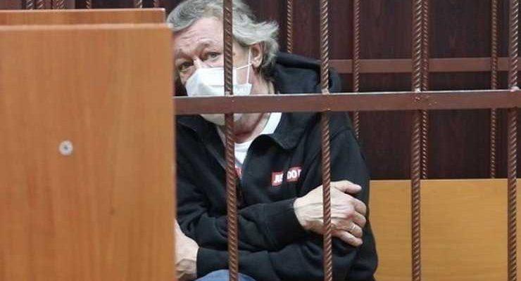 Полуслепой свидетель защиты Ефремова заявил, что актер не совершал ДТП
