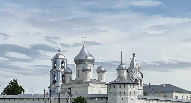 С Волги в Москву через «Холмогоры»: где выпить кофе в Переславль-Залесском